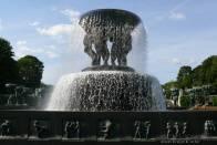 zajímavá kašna ve Frogner Park